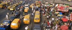 Lagos, Bushaltestelle, Minibus, Verkehr